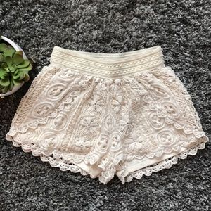 Francesca's Cream Lace Pull On Casual Shorts